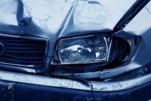 Az autó balesetek kárrendezése során a biztosítók gyakran alkalmazzák a kármegosztást.