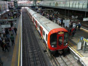 Vonatbaleset, villamosbaleset, mertóbaleset esetén a forgalmi irodán készítsenek baleseti jegyzőkönyvet!